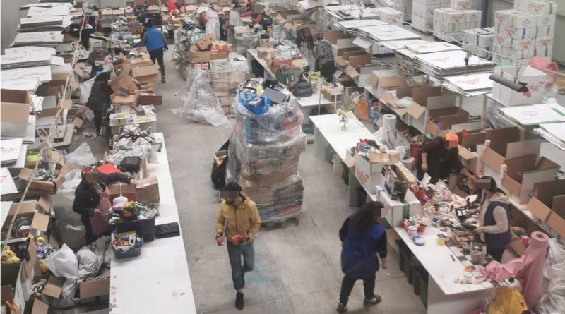 Zeci de tone de deșeuri importate din Marea Britanie