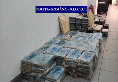 Jumătate de tonă de cocaină descoperită în baxuri de banane